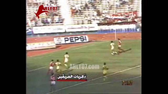 هدف فوز الأهلي 1 مقابل 0 المقاولون العرب مختار مختار 11 نوفمبر 1983