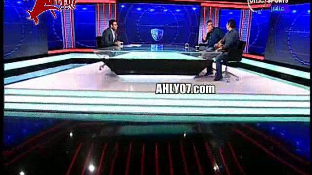 شاهد مسخرة السنين فصلان ضحك محمد بركات يقتحم الاستوديو على الهواء على سعد سمير اثناء استضافته وافيهات كوميديا