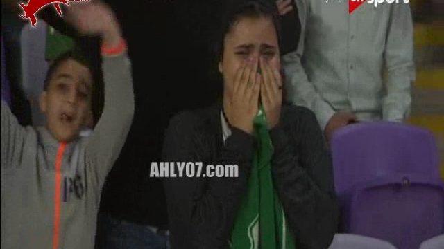 شاهد اللحظات السوداء لجماهير بورسعيد بكاء ونحيب بعد هدف ازارو وردود الفعل في مقاهي بورسعيد وبعد السوبر